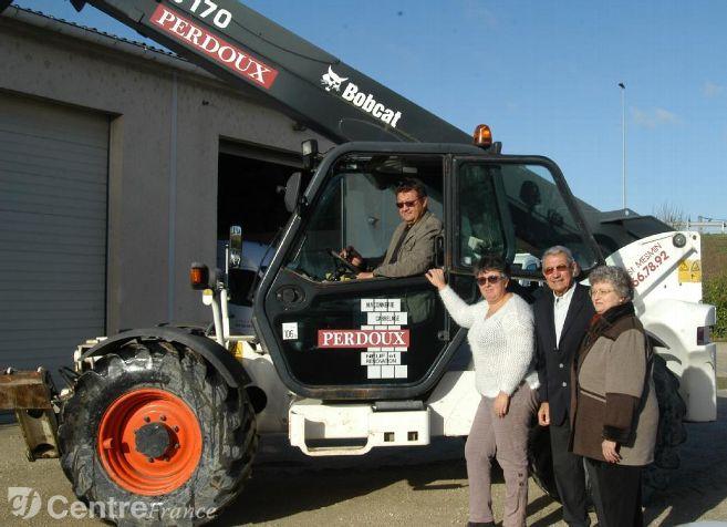L'entreprise De Maçonnerie PERDOUX à Saint Pryvé Saint Mesmin Fête Ses 50 Ans